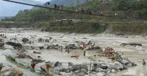 Τουλάχιστον 53 νεκροί στο Νεπάλ από πλημμύρες