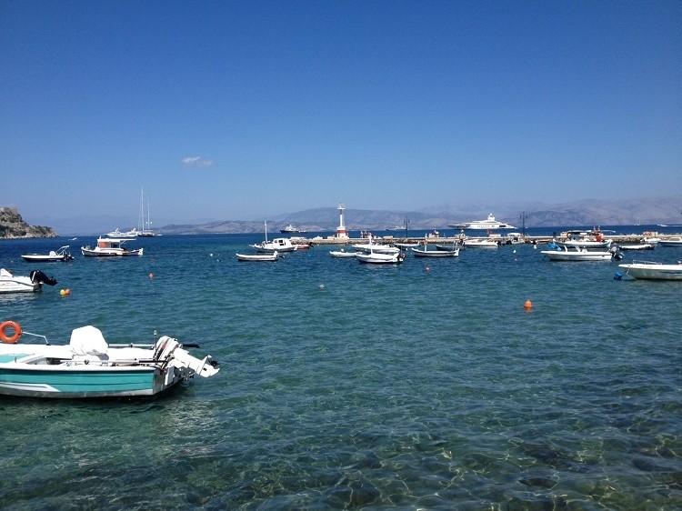 Θα τα χάσετε: Το πλωτό παλάτι του Αμπράμοβιτς στην Κέρκυρα (pics)