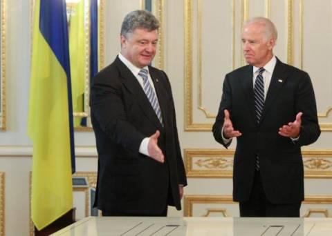 Ποροσένκο: Δεν έχει εξασφαλιστεί από τους αυτονομιστές η δίοδος της ρωσικής βοήθειας
