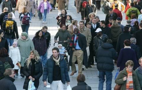 Βρυξέλλες: Ζητούν αύξηση των μισθών στη Γερμανία!
