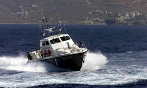 Εισροή υδάτων σε τουριστικό σκάφος στο Σαρωνικό