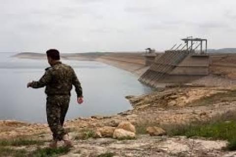 Ιράκ: Κουρδικές και ιρακινές δυνάμεις ελέγχουν το φράγμα της Μοσούλης