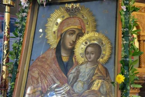 Ημαθία: Αποχαιρέτησε την θαυματουργή εικόνα της Παναγίας της Αγιοταφίτισσας