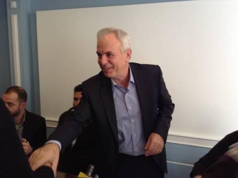 Β. Αποστόλου: Ε.Ε. και έλληνες υπουργοί εμπαίζουν τους αγρότες