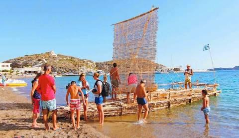 El Mundo: Αποθεώνει τους θαλασσοπόρους που έκαναν το Κύθηρα - Κρήτη με σχεδία