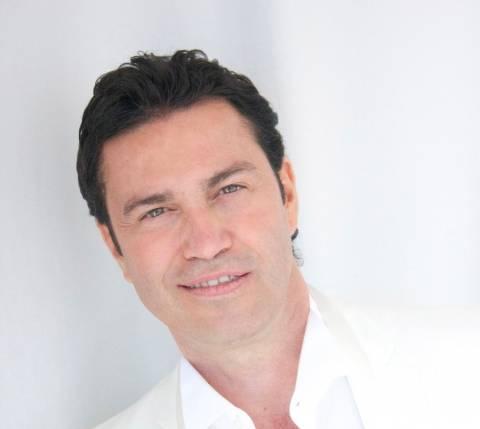 «Sing Me Αn Angel»: Ο Μάριος Φραγκούλης τον Σεπτέμβριο στο Ηρώδειο