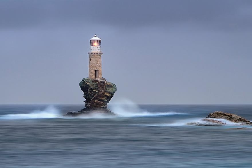 amazing-lighthouse-landscape-photography-103 1