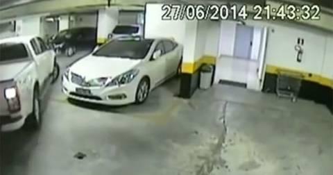 Απίστευτος τρόπος παρκαρίσματος (video)