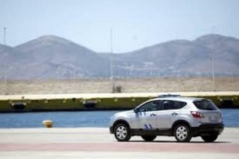 Σκόπελος: Πτώση αυτοκινήτου στο λιμάνι με δύο επιβάτες