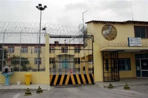Λάρισα: 33χρονος προσπάθησε να περάσει κινητά στις φυλακές