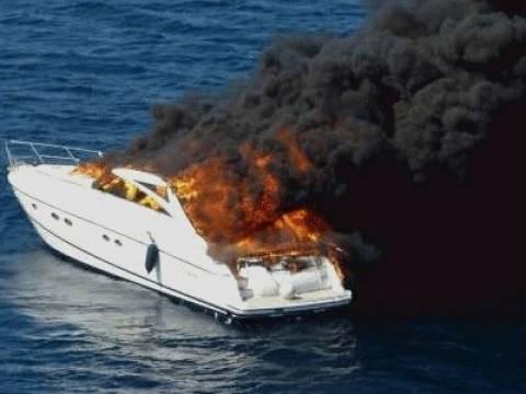 Φλέγεται σκάφος ανοιχτά της Τήλου–Επιχείρηση διάσωσης σε εξέλιξη