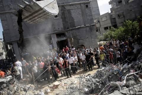 Το Κάιρο καλεί για επ' αόριστον κατάπαυση του πυρός στη Γάζα