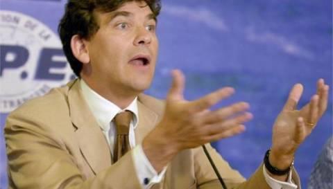 Γαλλία: «Τριγμοί» στο εσωτερικό της κυβέρνησης