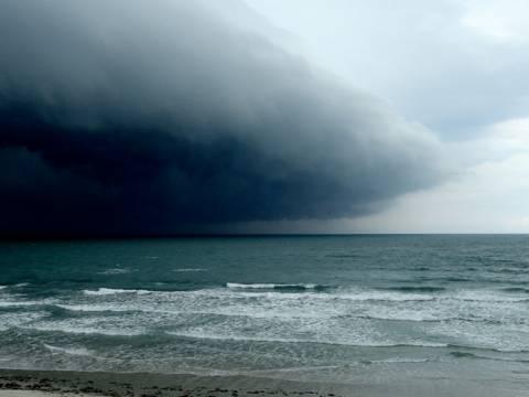 Φεύγει ο Αύγουστος με βροχές και καταιγίδες–Δείτε τι καιρό θα κάνει σήμερα