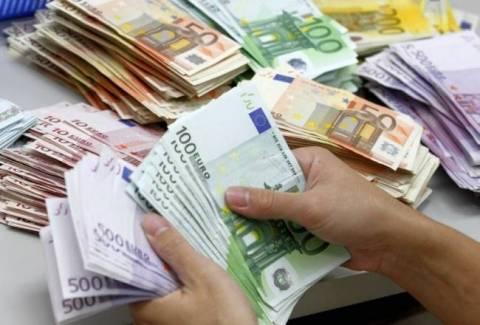 68 δισεκατομμύρια ευρώ χρωστάνε οι φορολογούμενοι στο δημόσιο