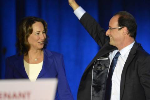 Γαλλία: Με Σεγκολέν η νέα κυβέρνηση του Ολάντ