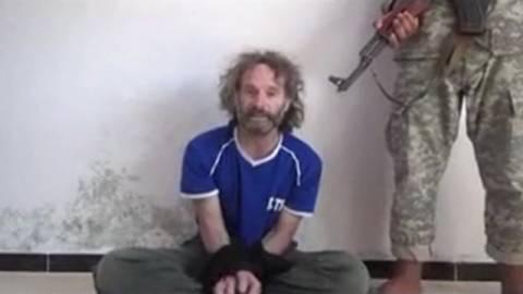 Επέστρεψε στις ΗΠΑ ο δημοσιογράφος Πίτερ Τέο Κέρτις που είχε απαχθεί στη Συρία