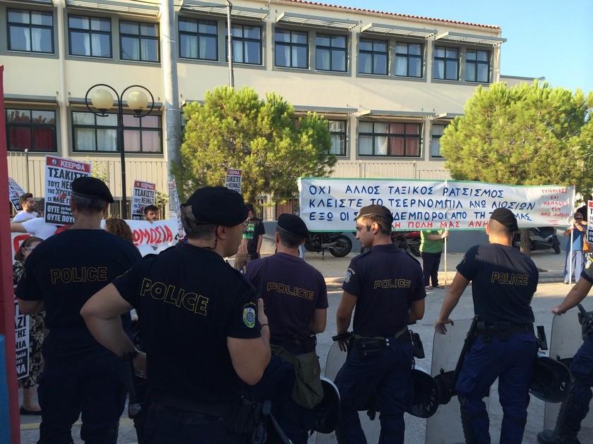 Ρένα Δούρου: Σήμερα αναλαμβάνουμε την ευθύνη