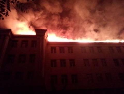 Σχολείο χτυπήθηκε από όλμους στο Ντονέτσκ