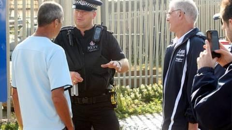Συνέλαβαν κολυμβητή γιατί τον πέρασαν για... λαθρομετανάστη! (pics)