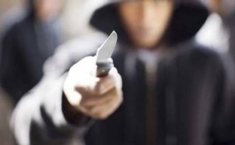 Θήβα: Επιτέθηκε και τραυμάτισε σοβαρά με μαχαίρι τον αδερφό του