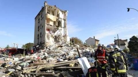 Γαλλία: Ένα παιδί και μία ηλικιωμένη νεκροί από έκρηξη σε κτίριο (pics+video)