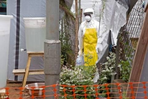 Распространение лихорадки Эбола началось после похорон