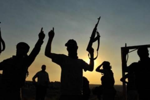 Συρία: Προελαύνουν οι ισλαμιστές αντάρτες - Μαίνονται οι μάχες