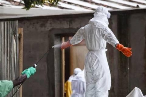 Ακτή Ελεφαντοστού: Ανοίγει τα σύνορα σε Λιβερία και Γουινέα μόνο για ανθρωπιστική βοήθεια