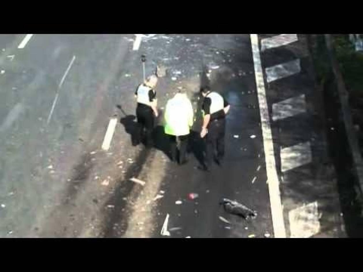 Τρομακτικό βίντεο: Η στιγμή που φορτηγό συγκρούεται με λεωφορείο!