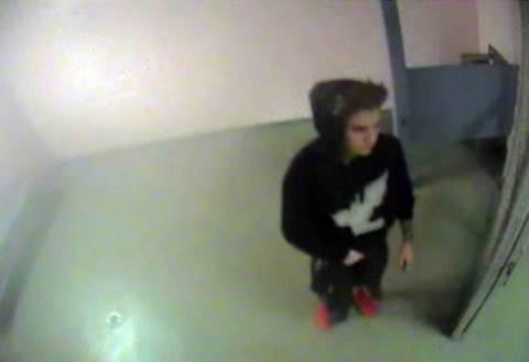Συνελήφθη (πάλι) πασίγνωστος τραγουδιστής! (pic)