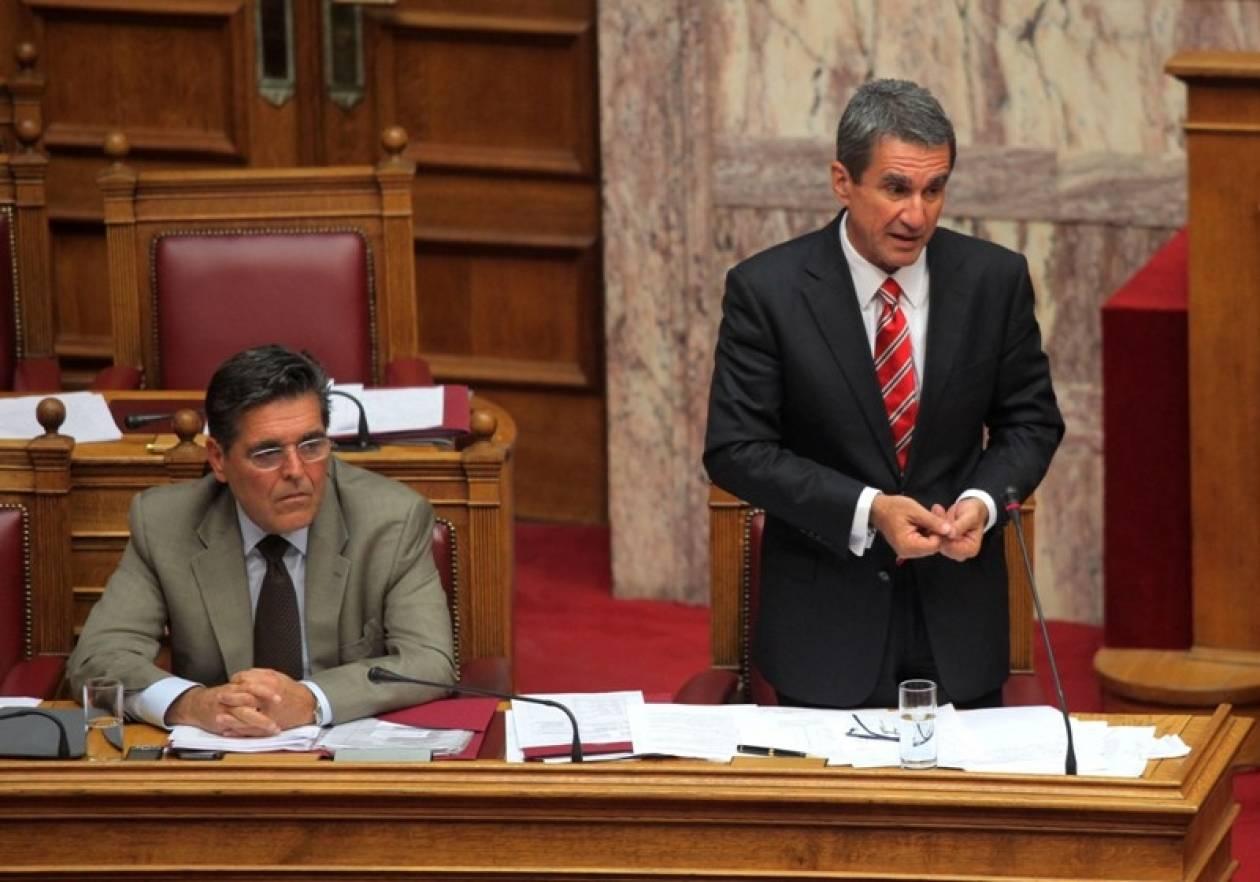 Τροπολογία Λοβέρδου: «Ανοίγει» η προϋπηρεσία για τους εκπαιδευτικούς