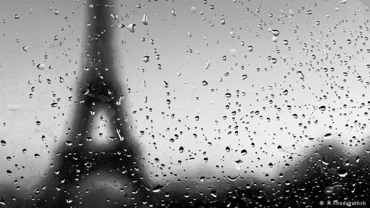 Το «αεροπλάνο της χαράς» για το Παρίσι
