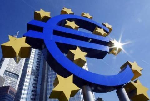 ΕΚΤ: Σε νέο ιστορικό χαμηλό τα επιτόκια