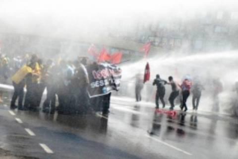 Τουρκία: Επεισοδιακές διαδηλώσεις για τις εργατικές συνθήκες ασφαλείας