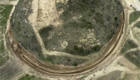 Αποκαλύπτουμε τον τάφο στο Λόφο Καστά από σεισμική τομογραφία (pics)