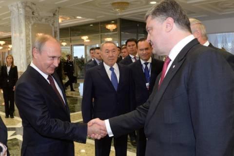 Τηλεφωνική επικοινωνία Πούτιν- Ποροσένκο