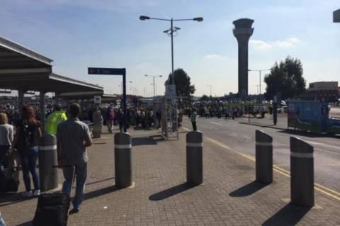 Εξουδετερώθηκε το «ύποπτο αντικείμενο» στο αεροδρόμιο του Λούτον