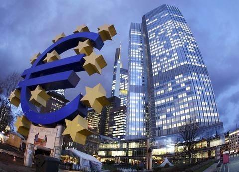 Μπ. Κερέ: Το ισχυρό ευρώ δικαιολογεί χαλαρότερη νομισματική πολική