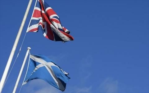 Στη Σκωτία εκτάκτως οι ηγέτες των τριών μεγαλύτερων βρετανικών κομμάτων