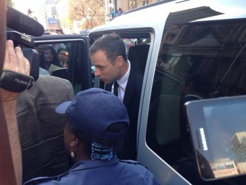 Δίκη Πιστόριους: Ένοχος για μια μόνο κατηγορία οπλοχρησίας ο Πιστόριους