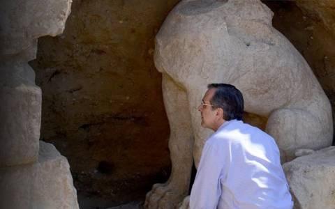 Ποντάρουν στον τάφο της Αμφίπολης για να «καπελώσουν» τον Τσίπρα