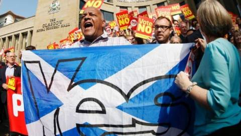 Ανεξαρτητοποίηση Σκωτίας: Αμφίρροπο το αποτέλεσμα του δημοψηφίσματος