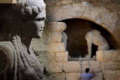 Amphipolis: Is Hephaestion the possible 'occupant' of the tomb?
