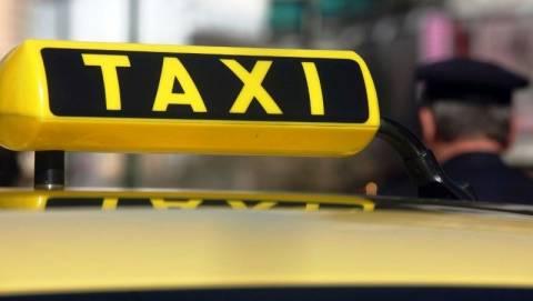 Αττική: Εξαρθρώθηκε ομάδα που έκλεβε οδηγούς ταξί