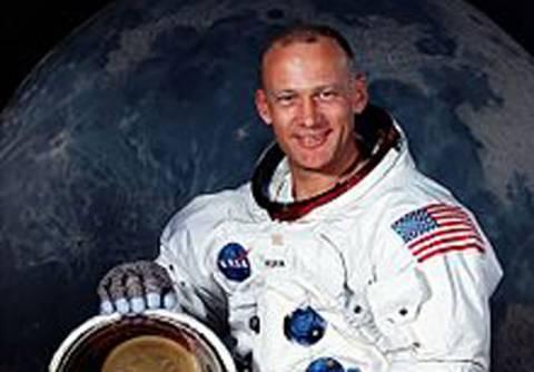 Δήλωση σοκ από αστροναύτη του Apollo 11: Έχω δει εξωγήινους