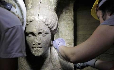 Αμφίπολη: «Σύμβολο του θανάτου οι Καρυάτιδες»