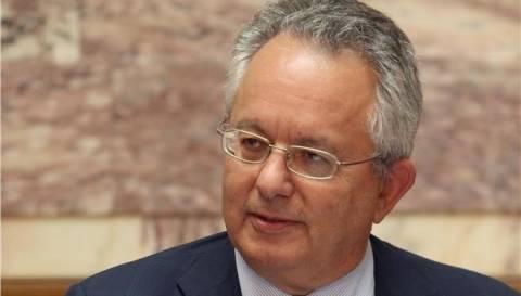 Αλιβιζάτο για πρόεδρο της Δημοκρατίας προτείνει ο Στ. Θεοδωράκης