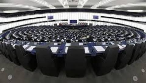 «Διπλωματική μάχη» στο Ευρωκοινοβούλιο για απώλειες ροδακινοπαραγωγών