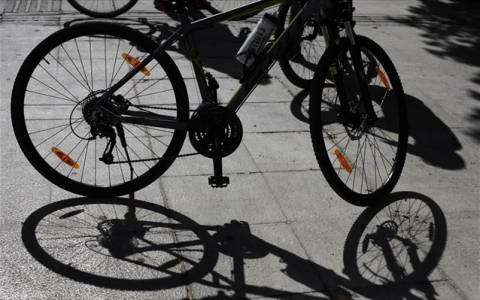 Τρίκαλα: Τραυματίστηκε 16χρονος που επέβαινε σε μοτοποδήλατο